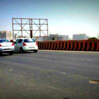Grnoida Unipoles Advertising in Delhi – MeraHoardings