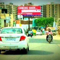 Saverinoida Unipoles Advertising in Delhi – MeraHoardings