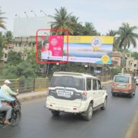 Billboards Mhatrebridge Advertising in Pune – MeraHoarding