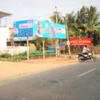 Busshelters Byepassjunction Advertising in Thanjavur – MeraHoarding