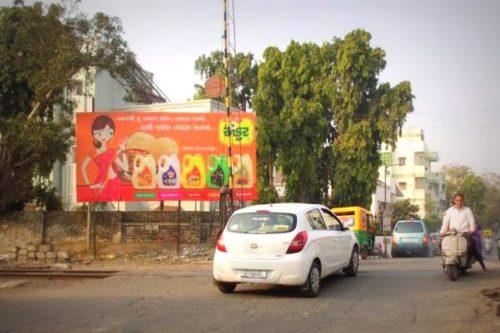 FixBillboards Ambawadi Advertising in Ahmedabad – MeraHoarding