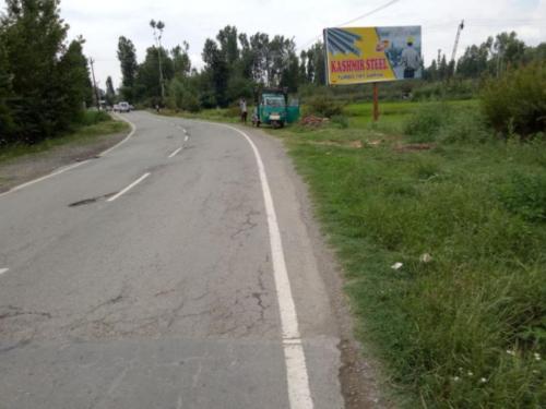 Hoarding Advertising in Srinagar Road   Hoarding Advertising cost in Srinagar