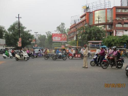 Unipole Advertising in Central Market | Hoardings cost in Meerut